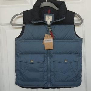 Lands' End boy down vest New size 7